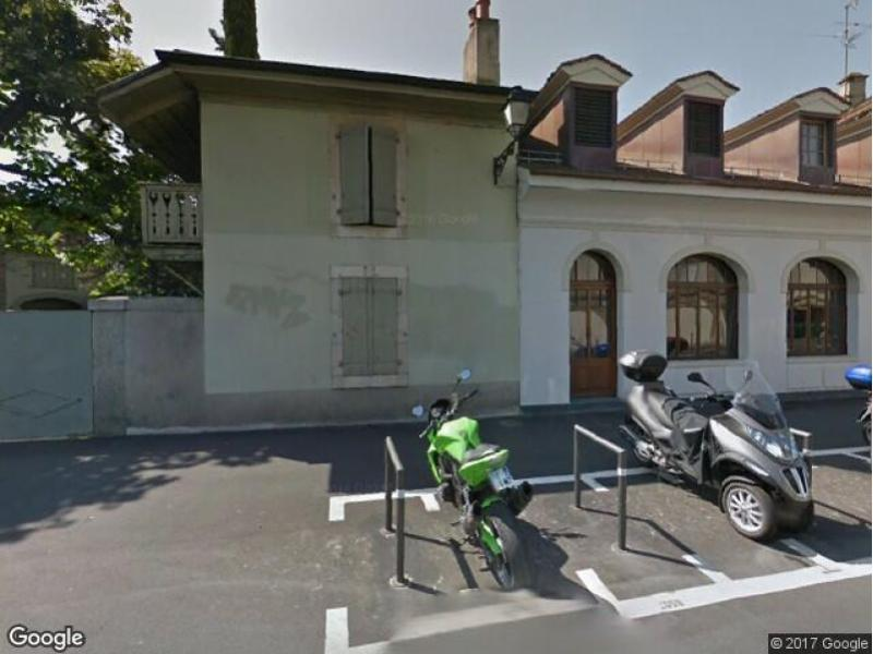 location parking a carouge