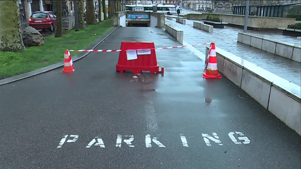 location parking hotel de ville rouen