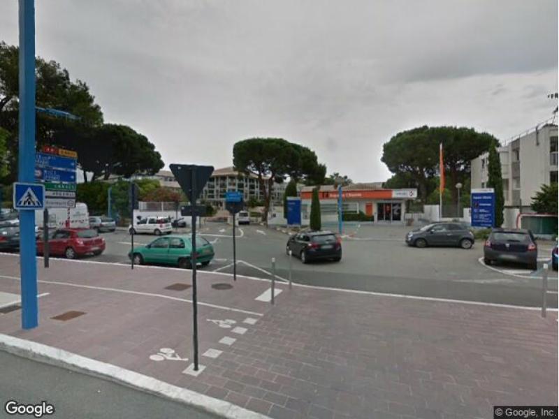 location parking mandelieu