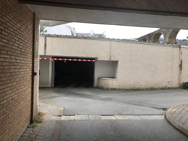 location parking vannes