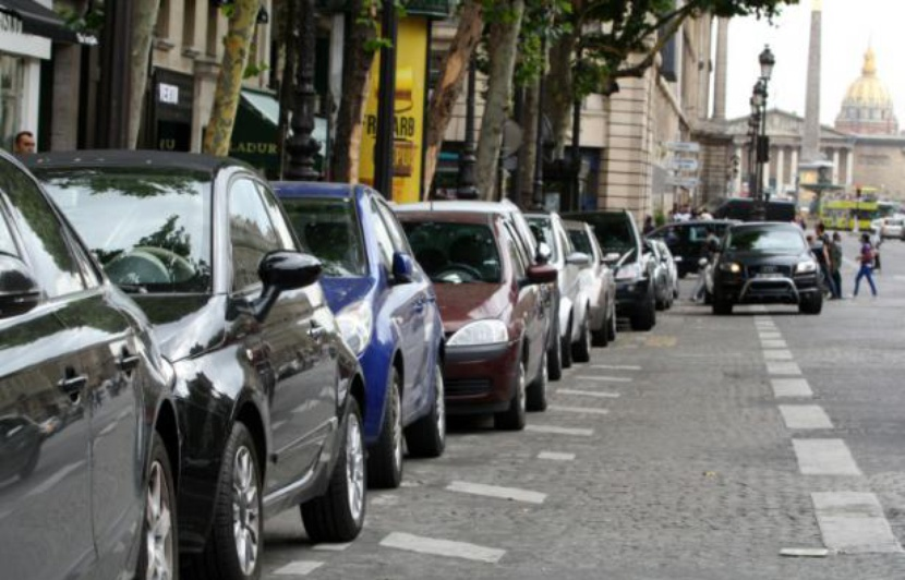 place parking rue paris
