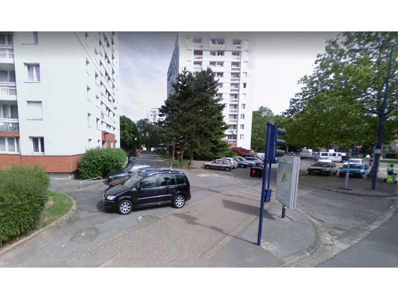 vente parking clamart