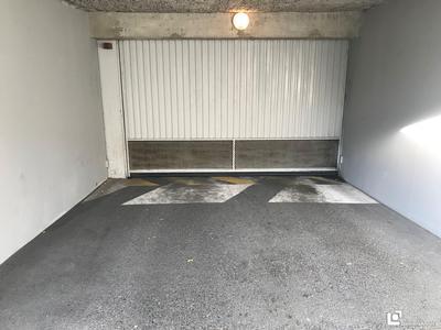 vente parking haute savoie
