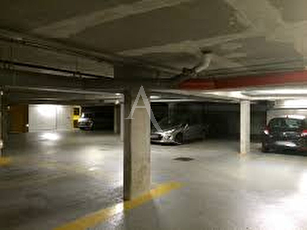 vente parking paris 4