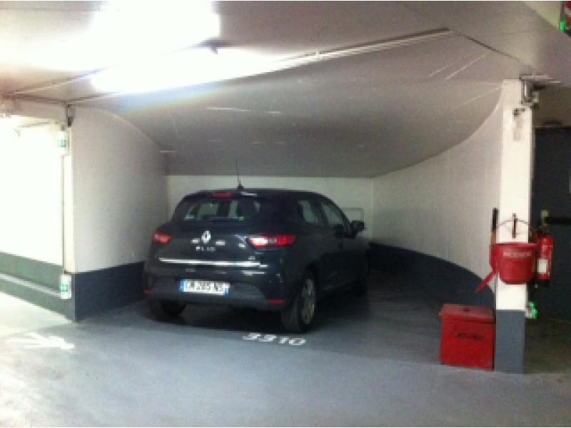 vente parking vinci